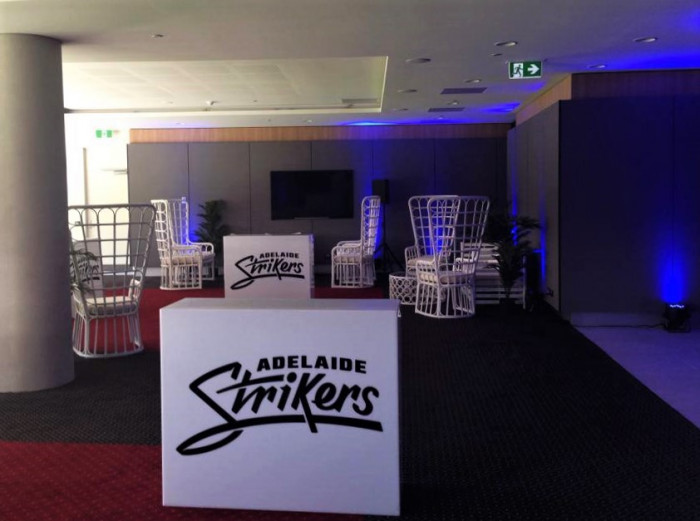 Strikers – Adelaide Oval